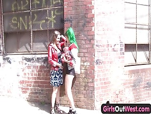 Girls Out West - Hot lesbian s