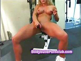 Horny blonde dildo fucks her w
