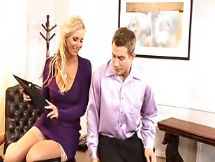 Порно онлайн низкие девушки