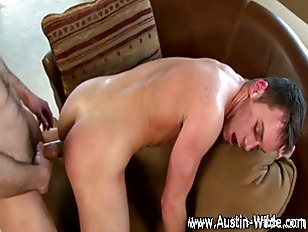 Austin Wilde ravages twinks ti