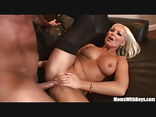 Picture MILF Housewife Diana Doll Fucked In Sexy Sto...