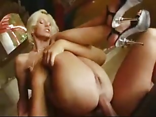 На грудь порно онлайн