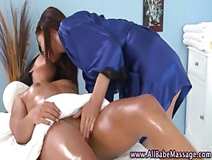 Sexy girl pussy licked by lesb