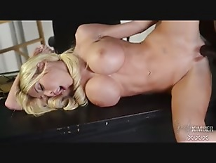 Kimber James fucks her gym tea