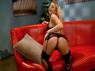 Alexis Texas is the booty quee