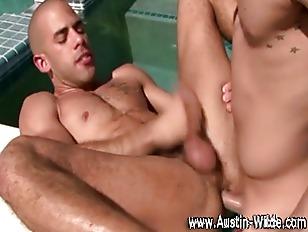 Austin Wilde takes cock deep o