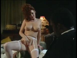 Секс лисбианок с большими сиськами