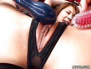 Picture Japanese Babe Get Pussy Fucked By Dildos Unc...