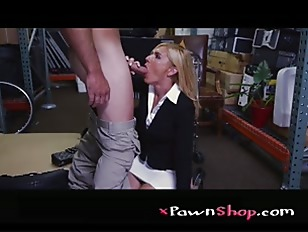 Picture Hot Milf Banged At The PawnSHop P1