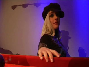 Медосмотр у геникологу лезбеянке порно смотреть