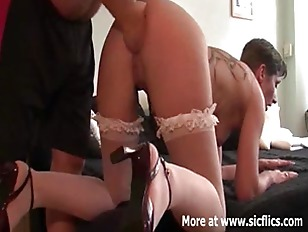 Picture Punch Fisting The Wifes Huge Cunt