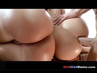 Picture The Spanksgiving Spectacular P9