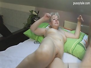 Picture Big Ass Blonde Milf Sucking