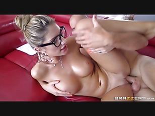 Brazzers - Sexy nerd August Am