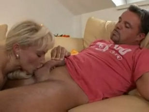 Picture Blonde De Mutter Fucked