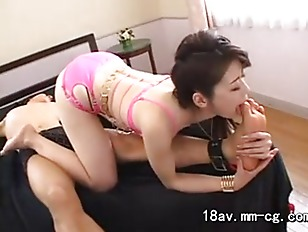 Picture Toe Sucking Slut Gets Facial