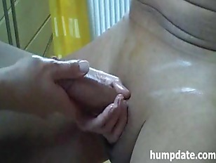Picture Sexy Handjob With Ball Massage And Happy End...