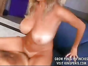 Picture Huge Boobed Cougar Has Her Pussy Filled