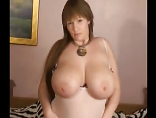 Picture British Milf With Heavy Tits