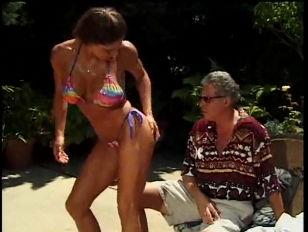 Picture Busty Bikini Babe Stevie