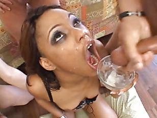 Порно девушки из дубая