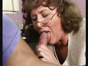 Picture Mature Lady In The Office