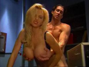 Порно фильмы свингеры
