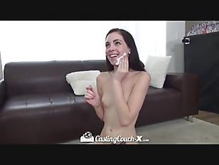 mother daughter webcam