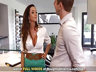 Picture Busty Mom Ariella Ferrera Fucking On Naughty...