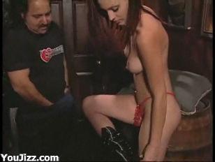 Секс порно видео с певицей максим