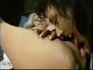 Picture NIKKI SINN Lesbian Scene