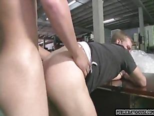 Young jocks fucking at car sho