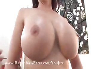 Picture Busty Mature Brunette Has Tits
