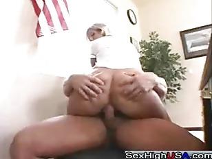 Смотреть порно фистинг оргазм