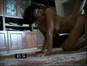 Толпа женщин на одного парня порно