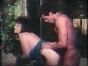 Порно три хуй в жопу