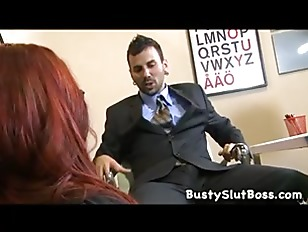 Порноневесту ебут в траём