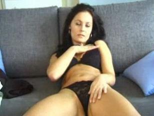 Ебут жену вдвоём домашнее русское порно