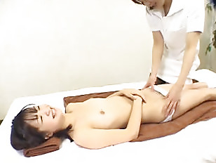 Picture Japanese Girls Massage And Kiss
