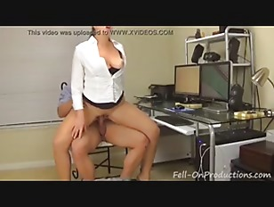 Picture MILF Mom Madisin Lee Spying On Stepson In Sh...