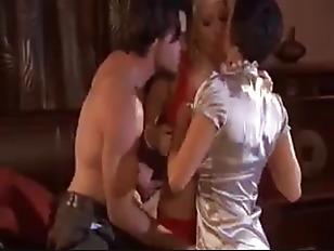 Порно пьяная спит жена муж ебет