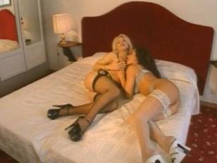 Жена накормила мужа спермой любовника видео