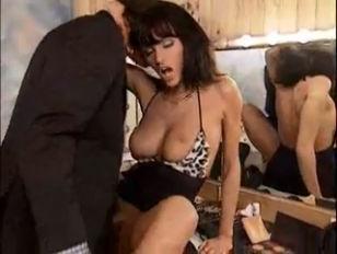 Работница на дом с сексом