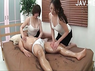 Picture Japanese Babes In Hot Oil Threesome