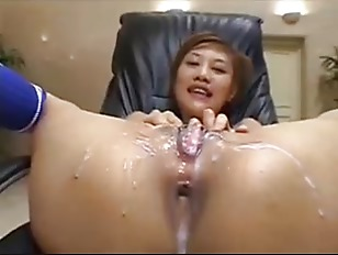 Lots of guys cum on her Asian