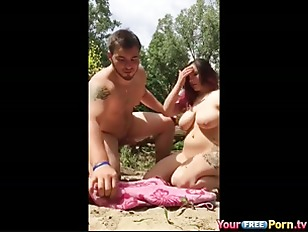 Teen Picknick Fuck In Nature