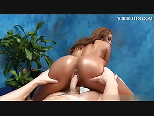 Black Chick Fuck By Massager