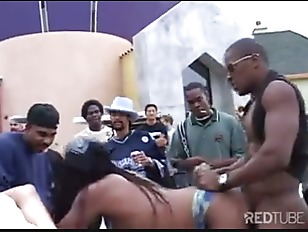 Rapper party pussy scratching