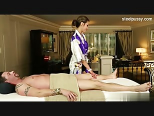 Порно онлайн соло в леггинсах
