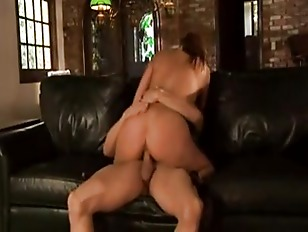 Picture Crissy Cums And The House Of Anal